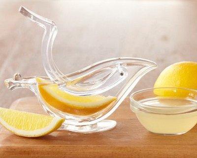 aplasta-limon-salsera