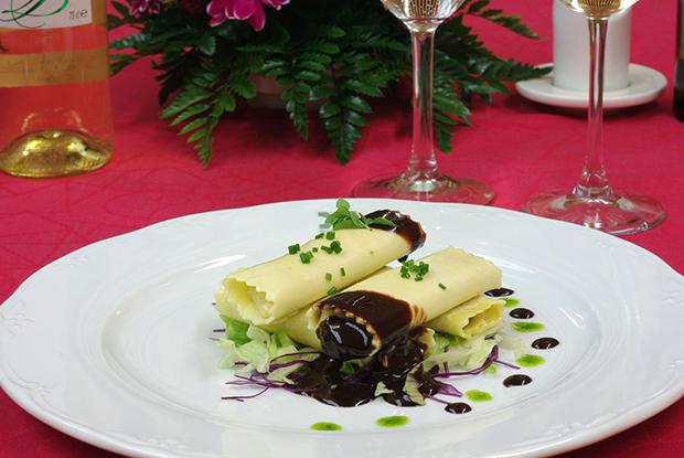 Food-Christmascanelonesbacalaopinonesconvinagrebalsamicodechocolate-PiaSweetHome-hospederiasdeextremadura-jpg