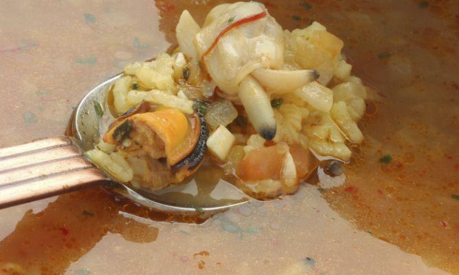 sopa-pescado-arroz