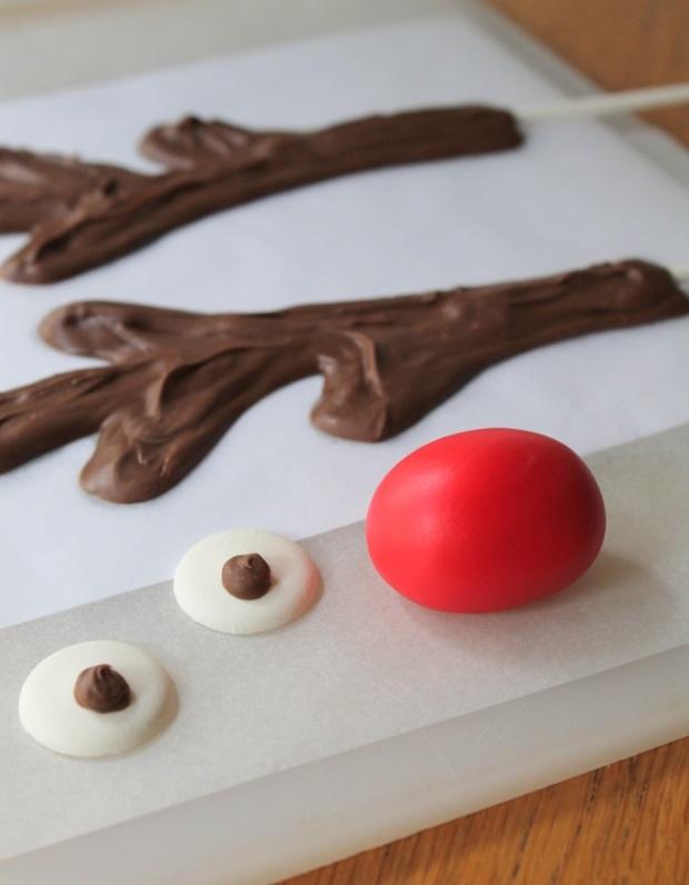 Reindeer-Cake4