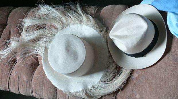 Los sombreros son elaborados en Pile pero los detalles se afinan en Montecristi.