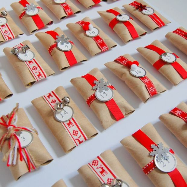 paquetes-planos-hechos-con-rollos-de-papel-higienico
