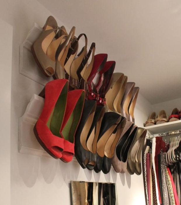 Zapatos organizados: Otra alternativa, las molduras. (Foto: Oh mi revista)
