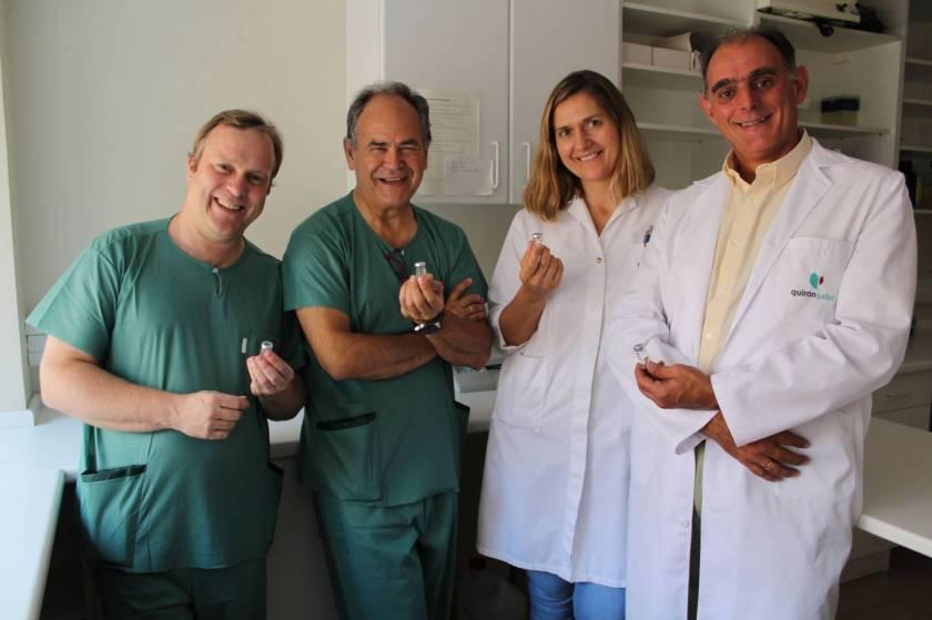 Damián García Olmo, segundo por la izquierda, con parte de su equipo.