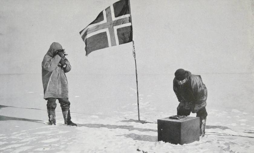 El capitan Roald Amundsen.  WORLD HISTORY ARCHIVE/GETTY IMAGES