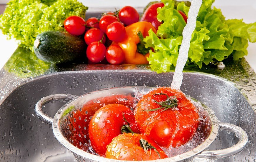 Importante desinfectar los alimentos antes de consumirlos.