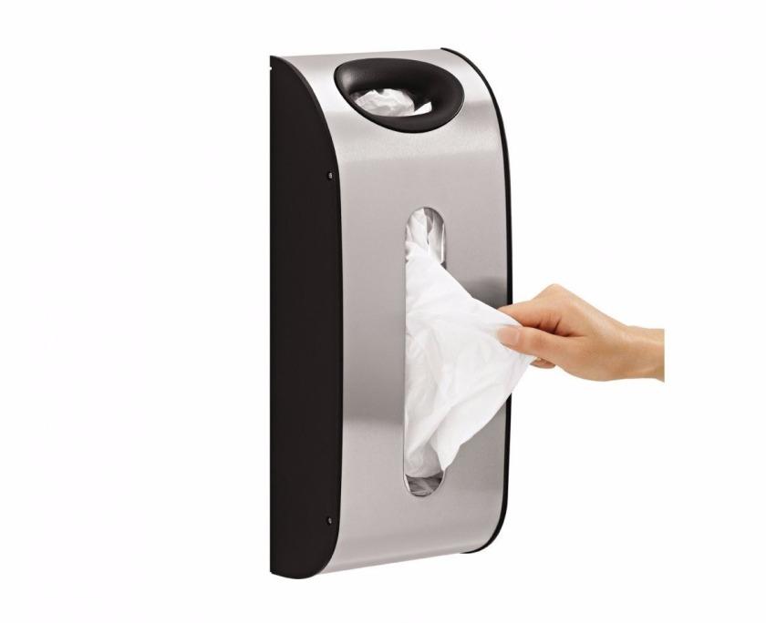 Dispensador de bolsas de plástico para el armario de la cocina